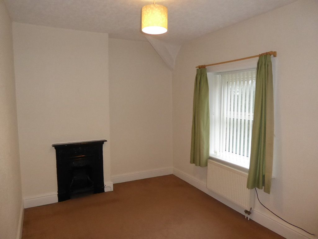 2 Bedroom Cottage House To Rent - Image 6