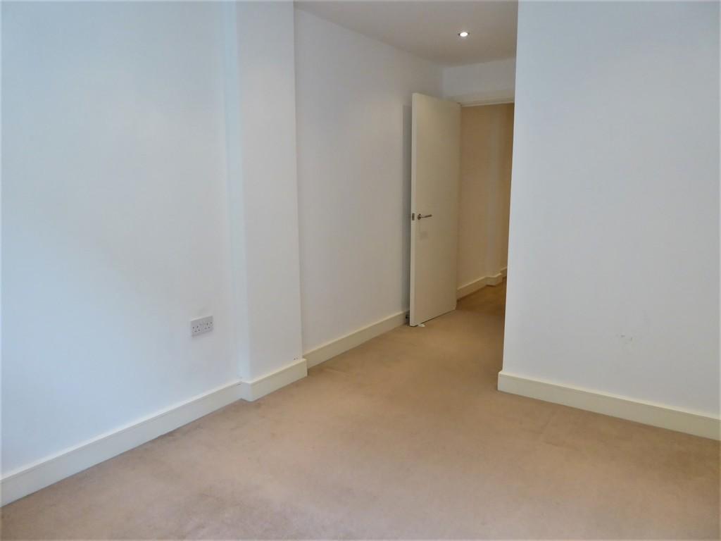 1 Bedroom Ground Floor Flat Flat To Rent - Image 9