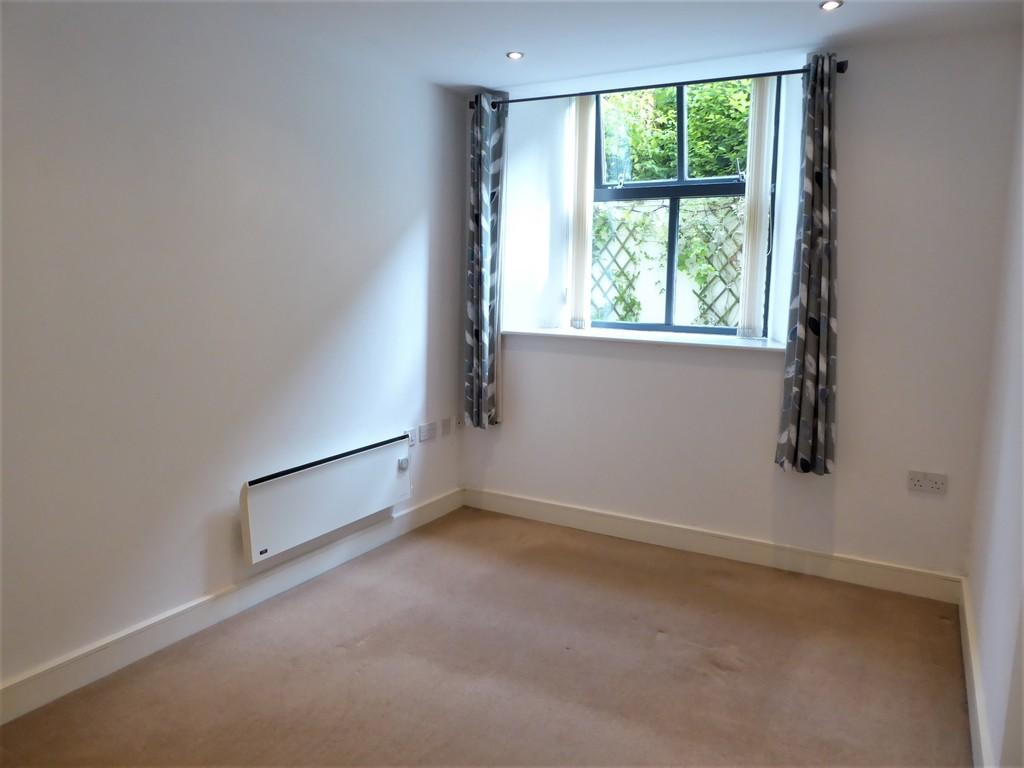 1 Bedroom Ground Floor Flat Flat To Rent - Image 7