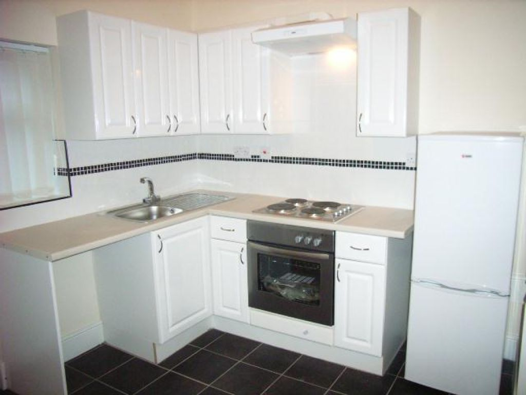 2 Bedroom Ground Floor Flat Flat To Rent - Image 4