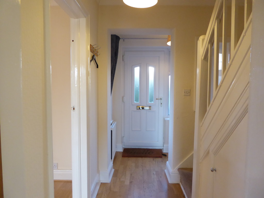 4 Bedroom Semi-detached House To Rent - Image 2