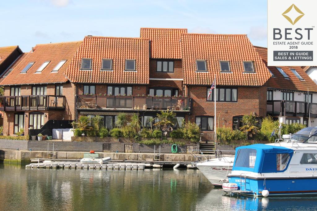 Hythe Marina Village, Southampton