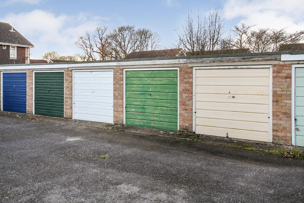 Hotspur Close, Hythe, Southampton 6