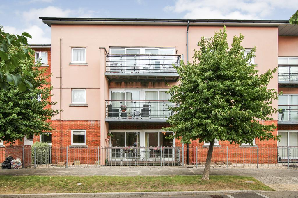 Davidson Close, Hythe, Southampton