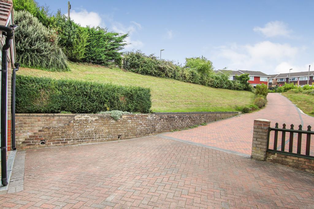 Elizabeth Gardens, Dibden Purlieu 13
