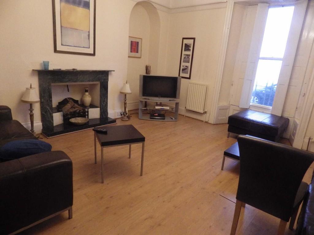 Room 6, Rosemullen House