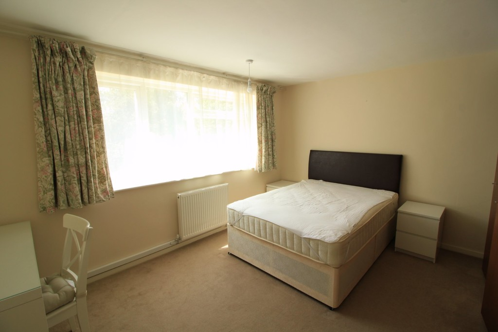 Image 1/10 of property Lloyd Square, 20 Niall Close, Edgbaston, B15 3LX