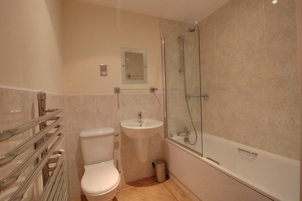 Image 9/13 of property Q Apartments, 21 Newhall Hill, Birmingham, B1 3JA