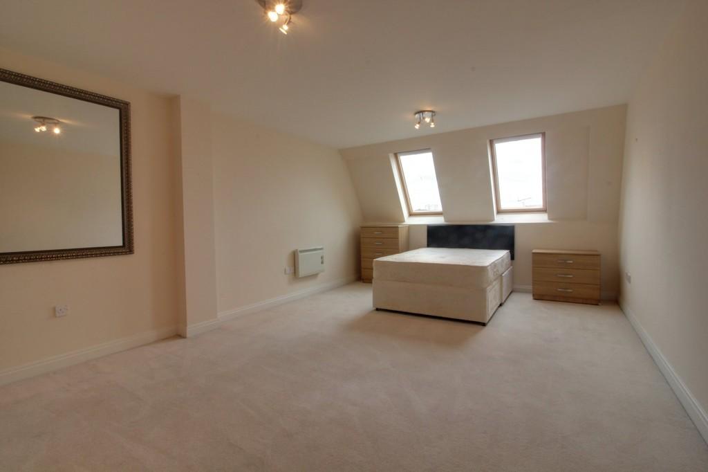 Image 10/13 of property Q Apartments, 21 Newhall Hill, Birmingham, B1 3JA