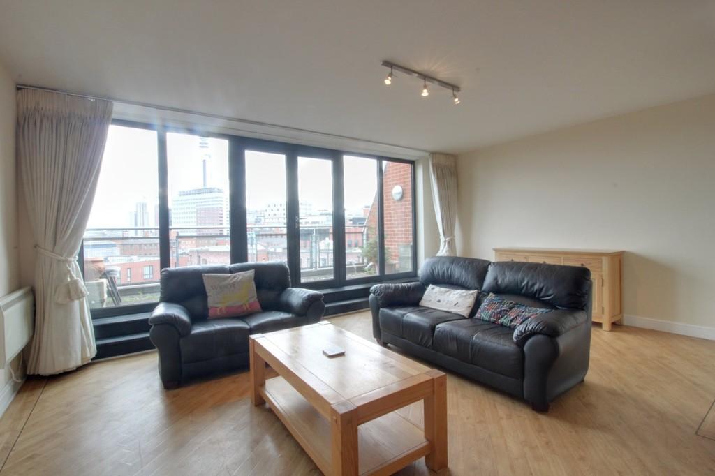 Image 4/13 of property Q Apartments, 21 Newhall Hill, Birmingham, B1 3JA