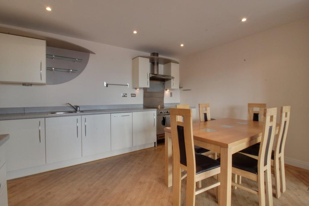 Image 11/13 of property Q Apartments, 21 Newhall Hill, Birmingham, B1 3JA