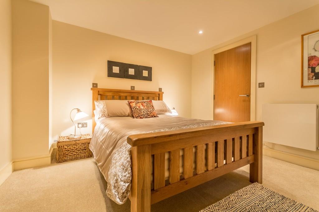 Image 7/12 of property Charlotte Road, Edgbaston, B15 2NU