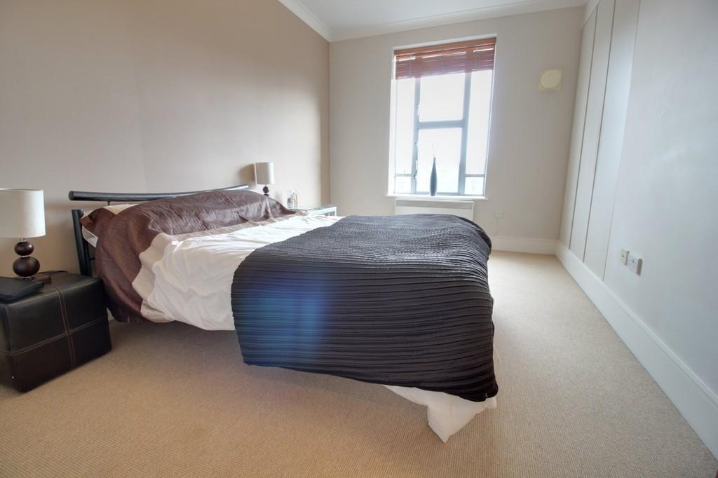 Image 8/13 of property St. James Place, 34 George Road, Edgbaston, B15 1PQ