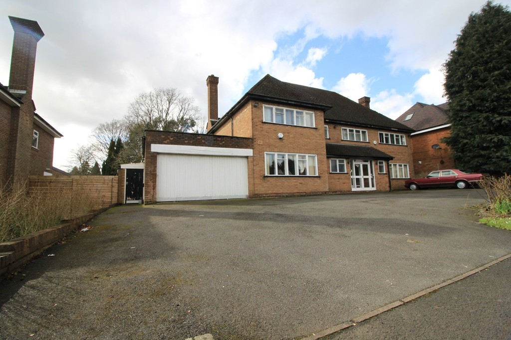 Image 1/19 of property Lordswood Road, Harborne, B17 8AN