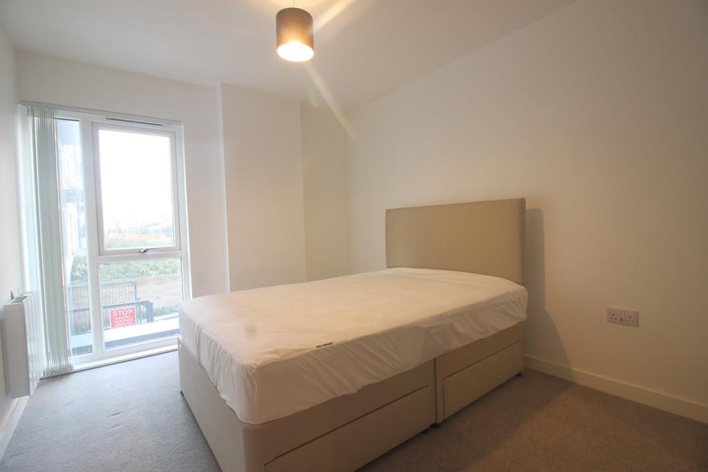 Roosevelt Apartments, 1 Lexington Gardens, Birmingham City Centre, B15 2DU Image - 3