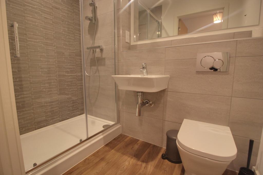 Roosevelt Apartments, 1 Lexington Gardens, Birmingham City Centre, B15 2DU Image - 7