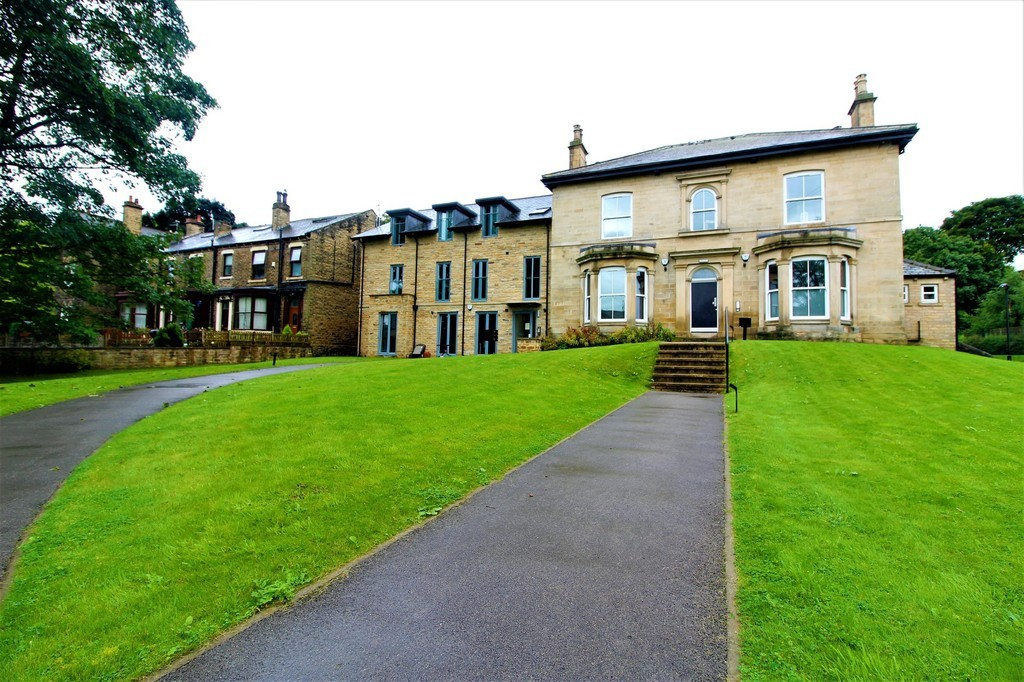 St Lawrence House, Pudsey image 2