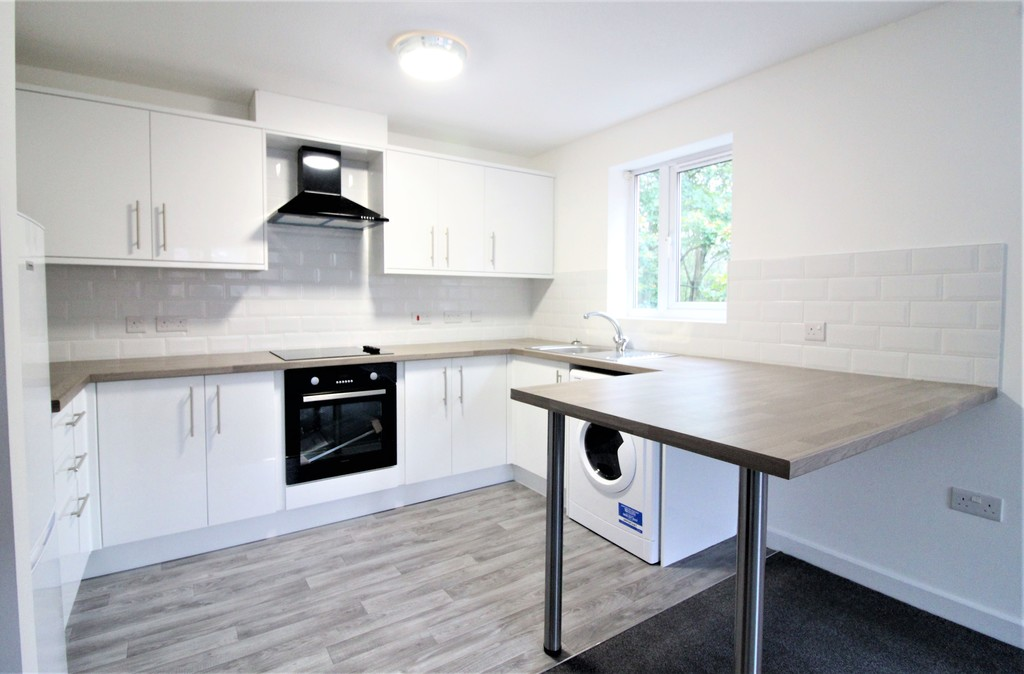 Horsforth House, 123 Hawksworth Road, Horsforth image 1