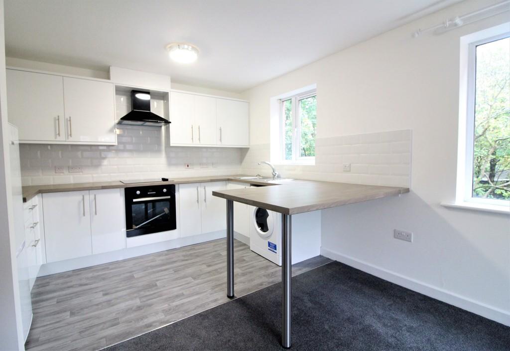 Horsforth House, 123 Hawksworth Road, Horsforth image 4