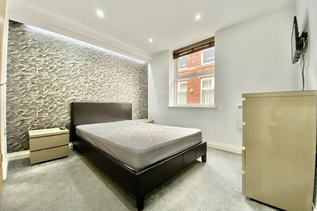 V2 Residence, 60 Upper Basinghall Street, Leeds image 5