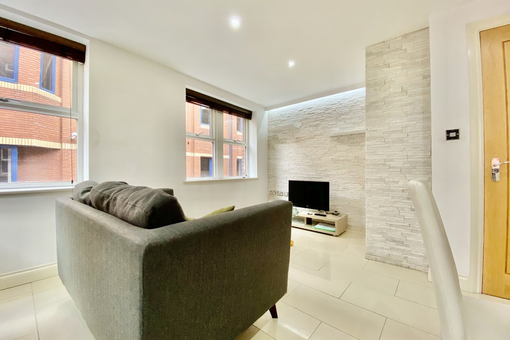 V2 Residence, 60 Upper Basinghall Street, Leeds image 3
