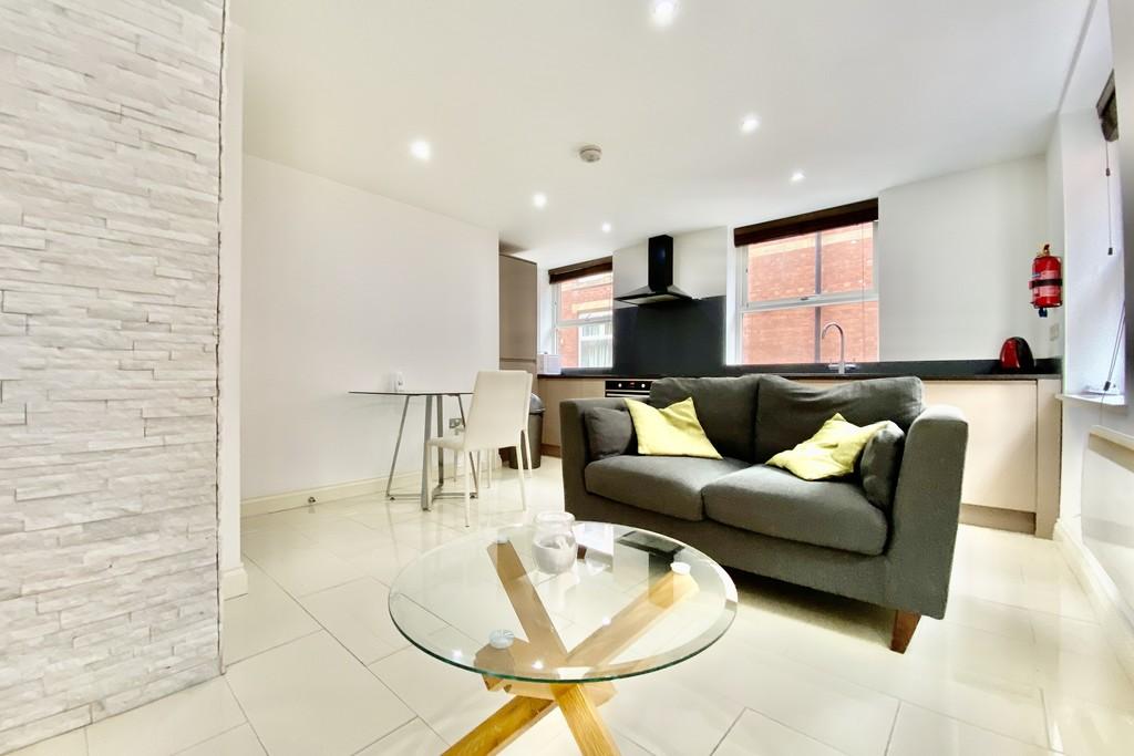 V2 Residence, 60 Upper Basinghall Street, Leeds image 1