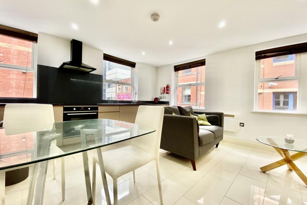 V2 Residence, 60 Upper Basinghall Street, Leeds image 2