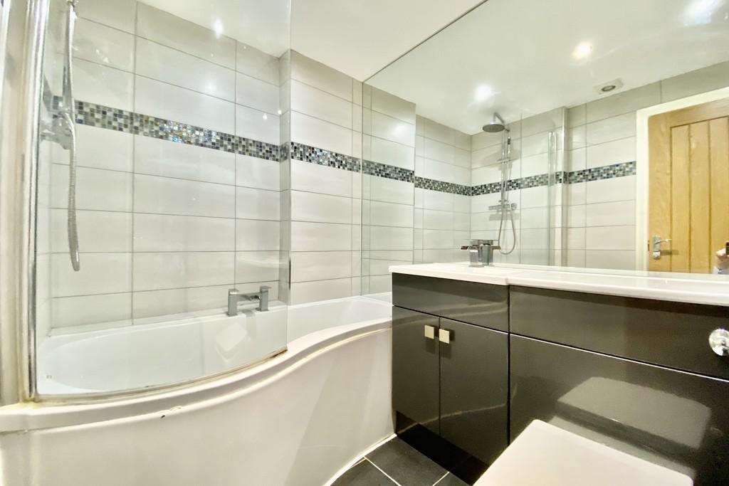 V2 Residence, 60 Upper Basinghall Street, Leeds image 8