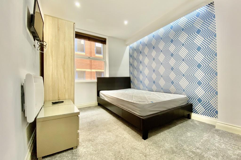 V2 Residence, 60 Upper Basinghall Street, Leeds image 6