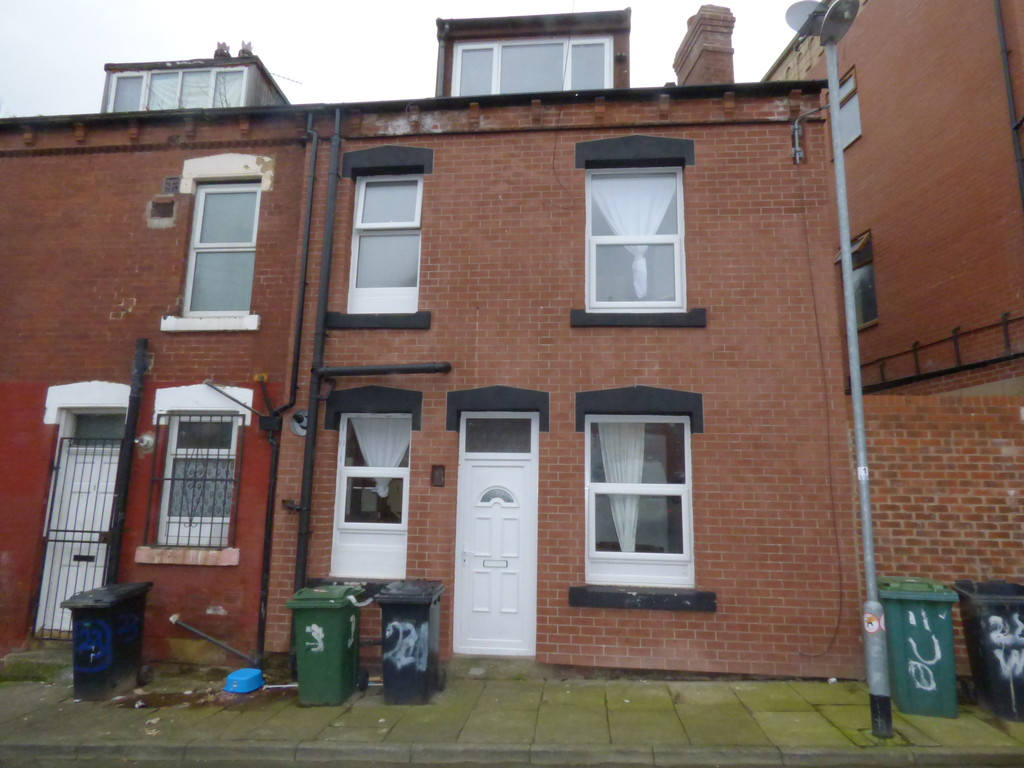 Upper Woodview Place, Beeston , LS11 6JZ