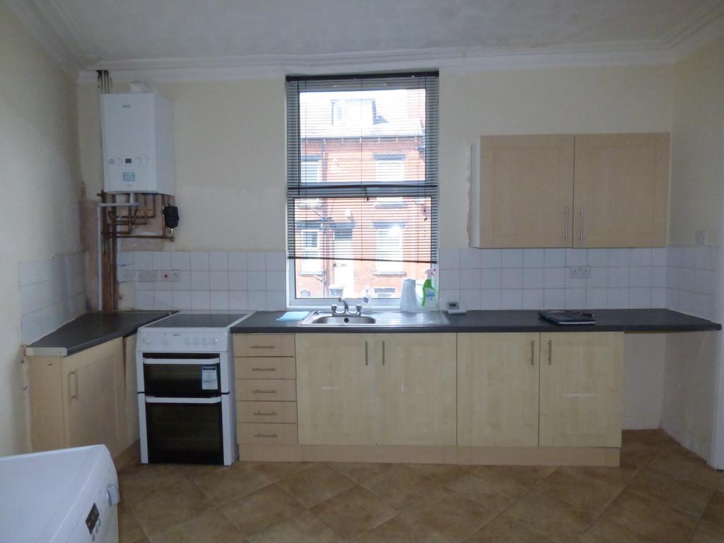 Garnet Terrace, Beeston, LS11 5JX