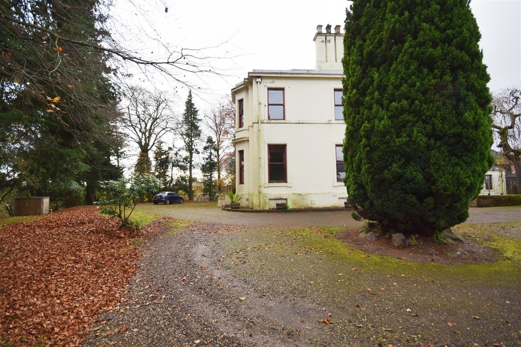 Mount Ericht, Balmoral Road, Rattray, Blairgowrie