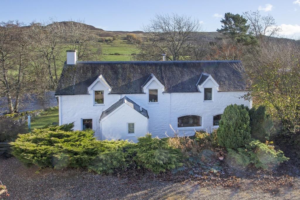 Dalrulzion Coach House & Cottage, Glenshee, Bridge Of Cally, Blairgowrie