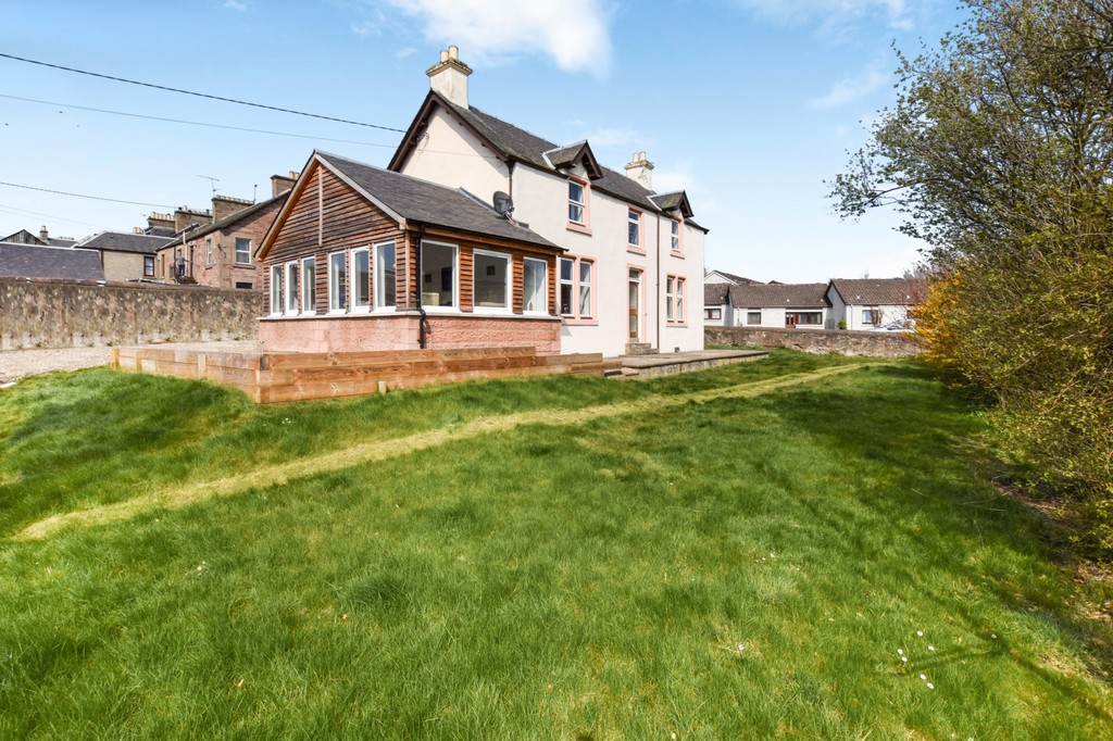 Airlie Place, Alyth, Blairgowrie