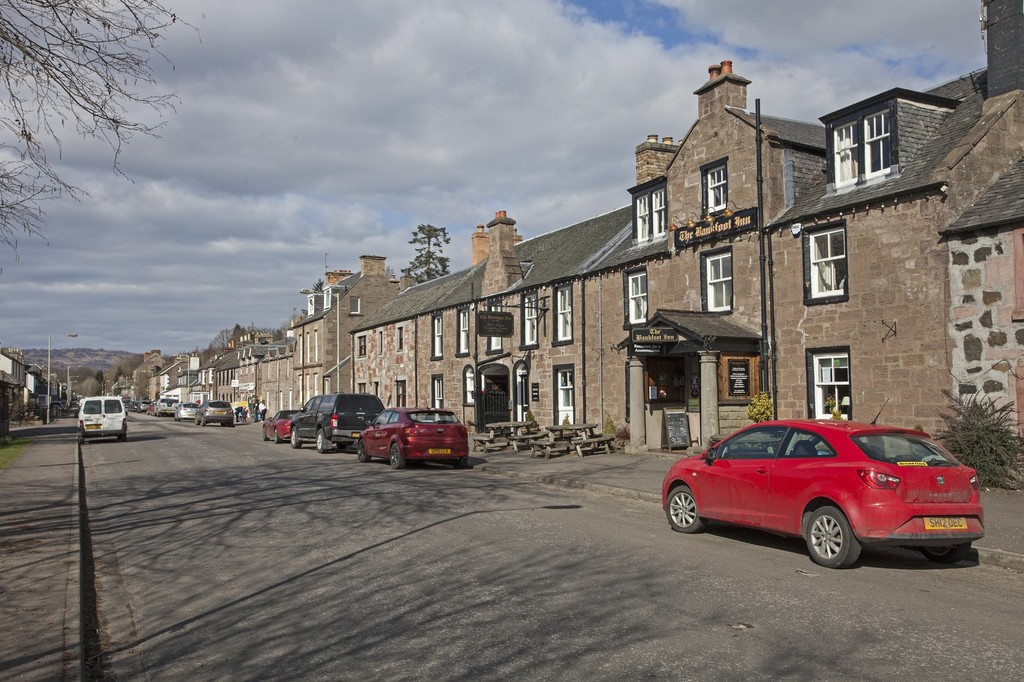 Cairneyhill Road, Bankfoot
