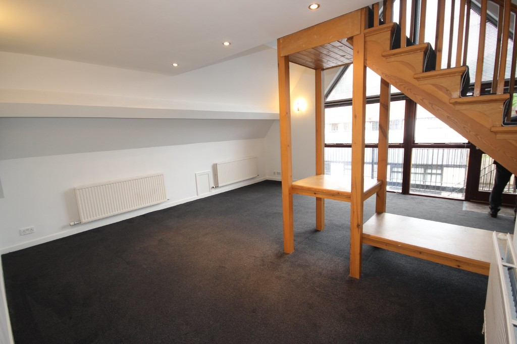 2 Bedroom Apartment Flat To Let The Old Boatyard Image $key