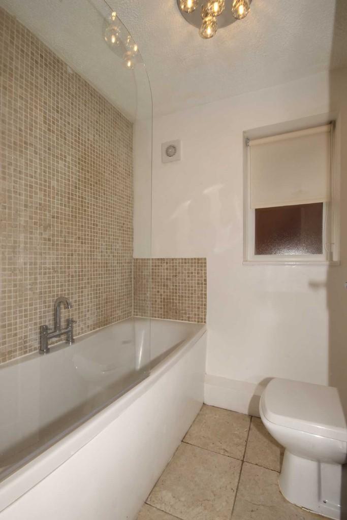 1 Bedroom Flat To Let Montonmill Gardens Image $key