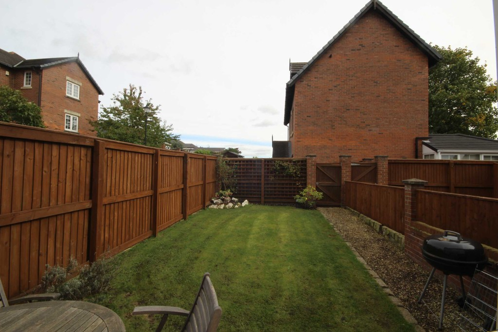 2 Bedroom Mews House Let Agreed Oliver Fold Close Image $key
