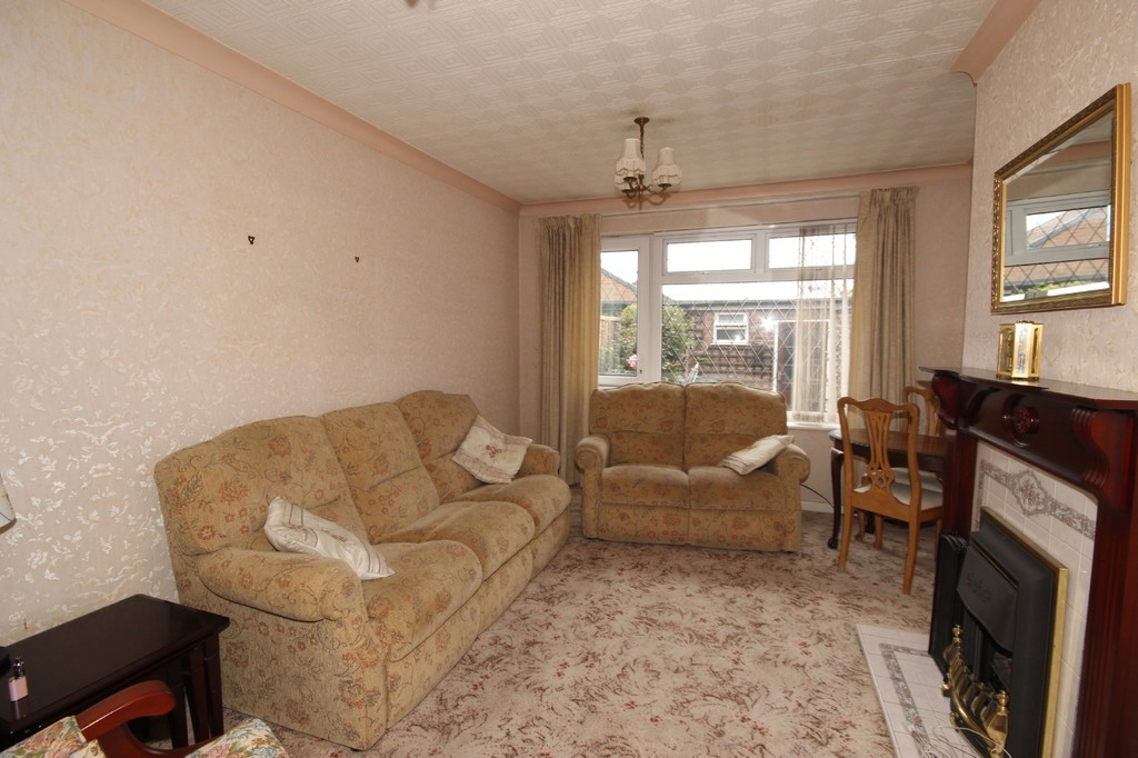 2 Bedroom Semi-detached Bungalow Bungalow For Sale Mosley Common Road Image $key