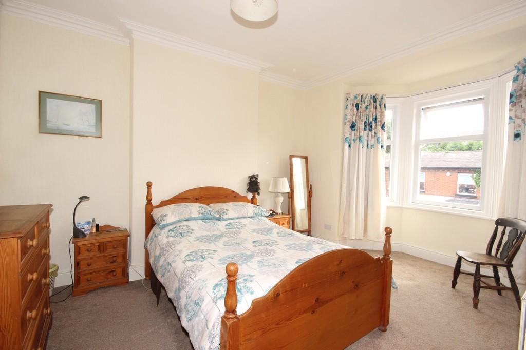 4 Bedroom Semi-detached House Sold Gilda Crescent Image $key