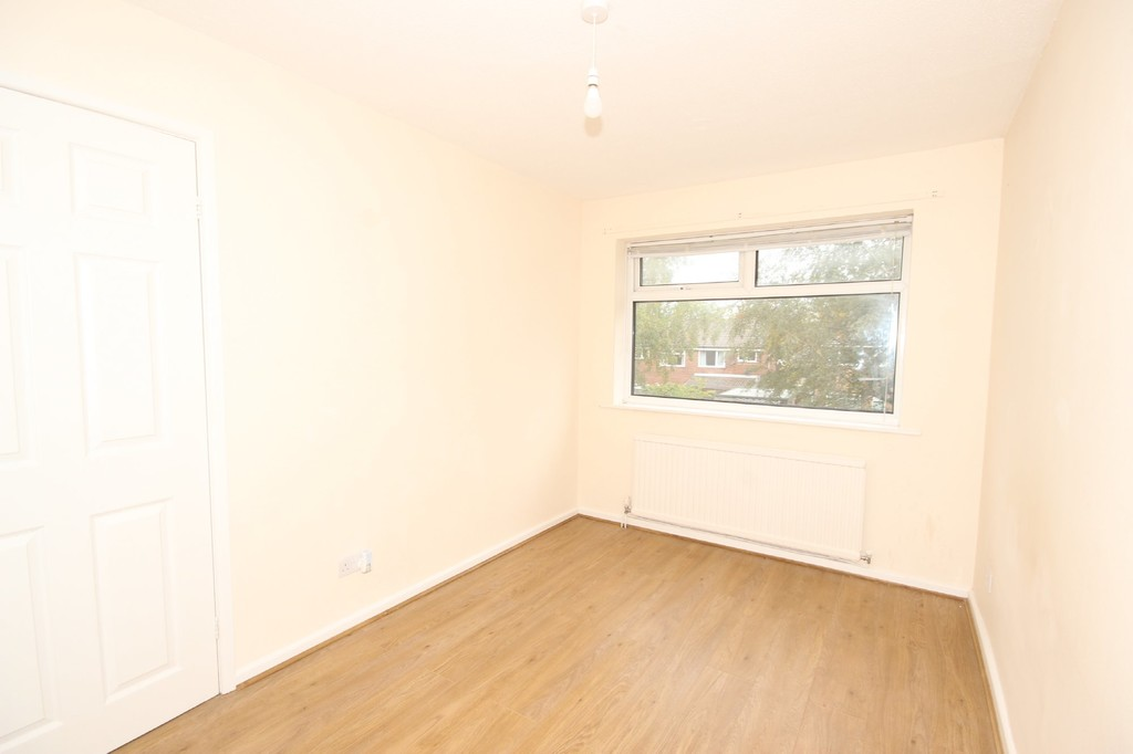 Semi-detached House For Sale Millfield Drive Image $key