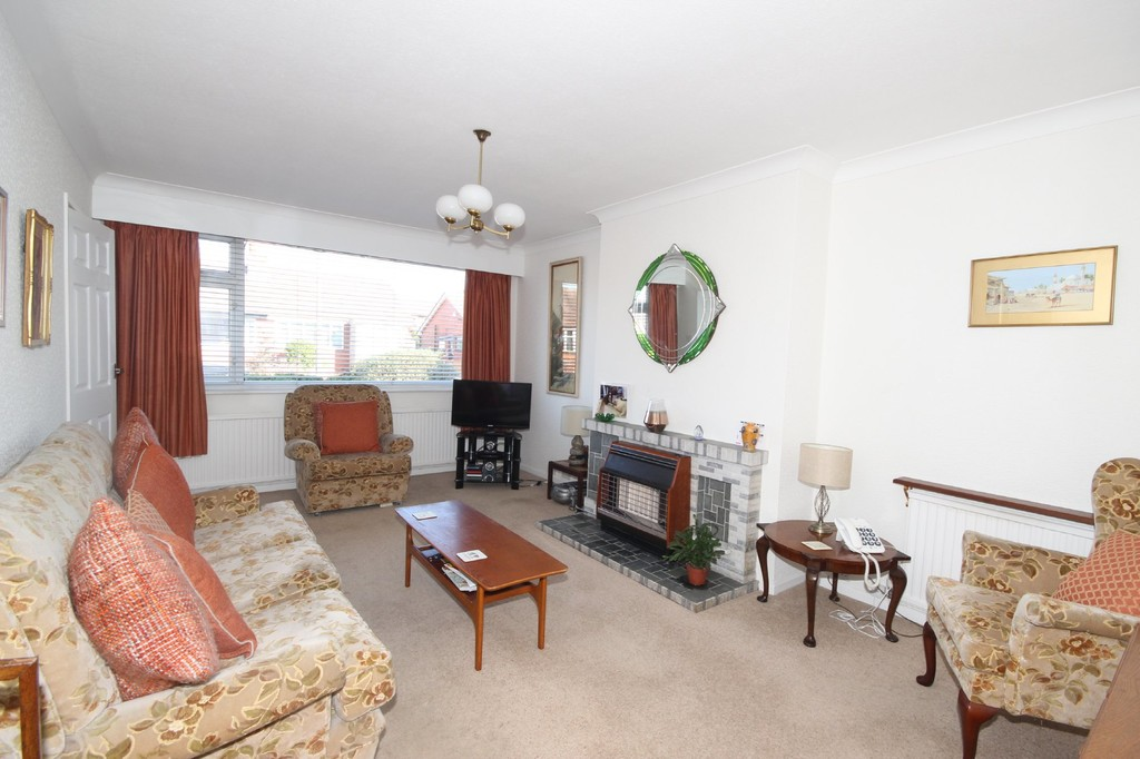 2 Bedroom Semi-detached Bungalow Bungalow Sold Subject to Contract Everard Close Image $key