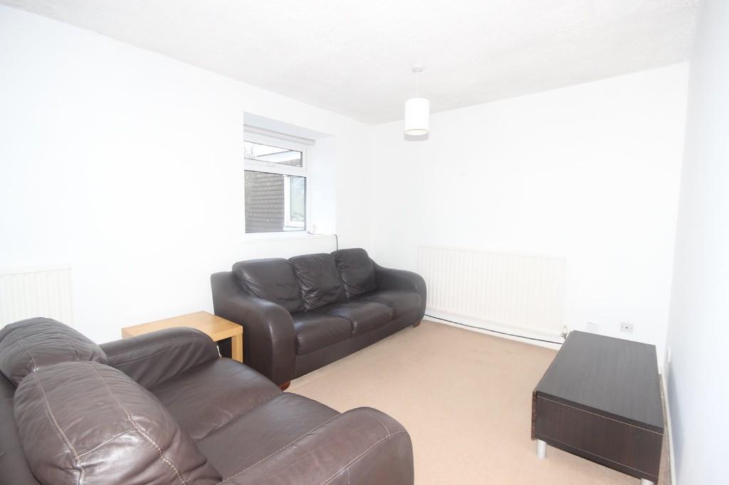 2 Bedroom Apartment Flat To Let Egerton Court Image $key