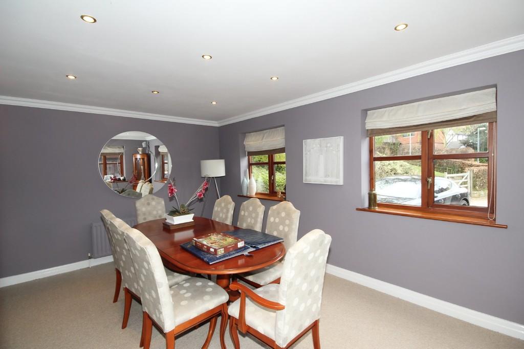 4 Bedroom Detached House Let Agreed Poynt Chase Image $key