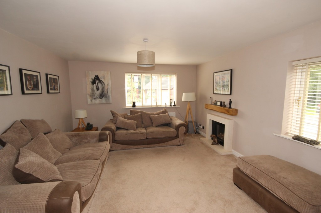5 Bedroom Detached House For Sale Gatemere Close Image $key