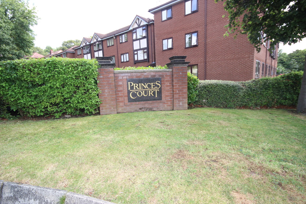1 Bedroom Apartment Flat For Sale Princes Court Image $key