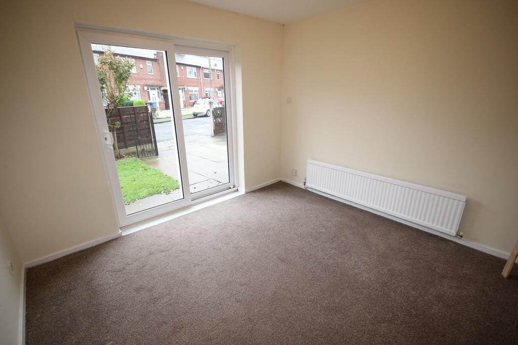 3 Bedroom Detached House To Let Hartington Road Image $key