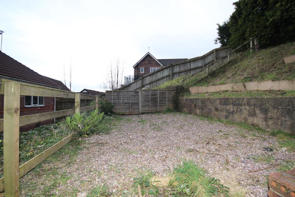 2 Bedroom Semi-detached House To Let Border Brook Lane Image $key