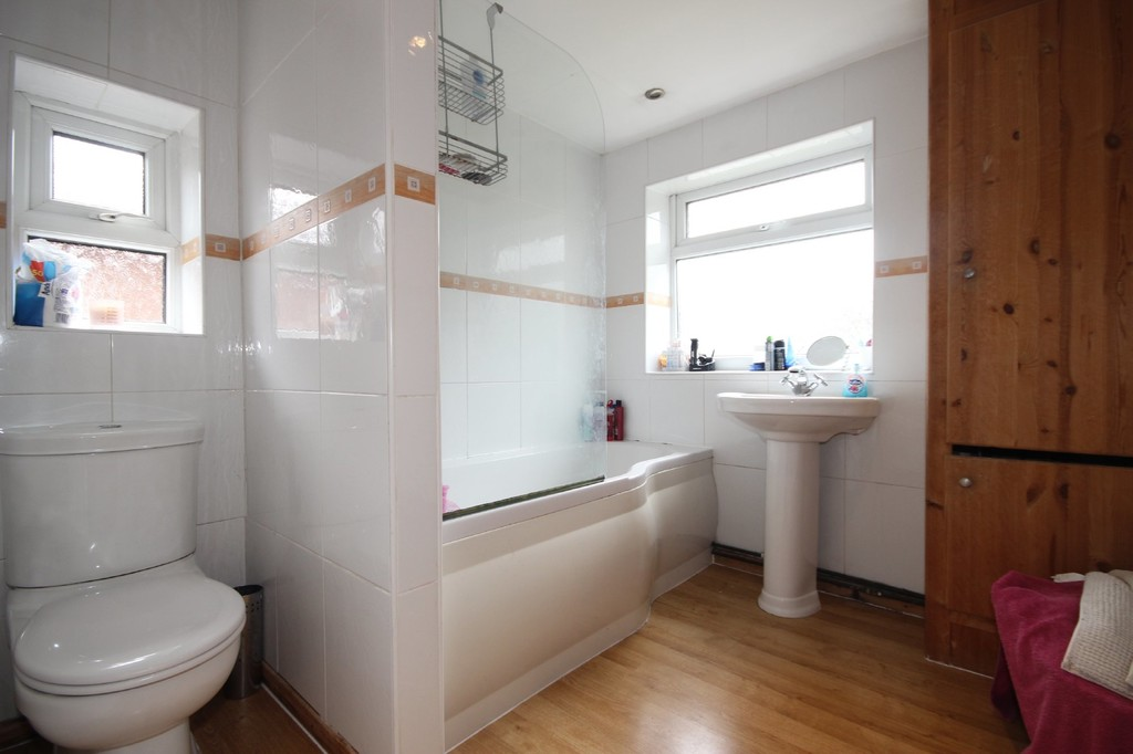 3 Bedroom Semi-detached House Sold Subject to Contract Gillingham Road Image $key