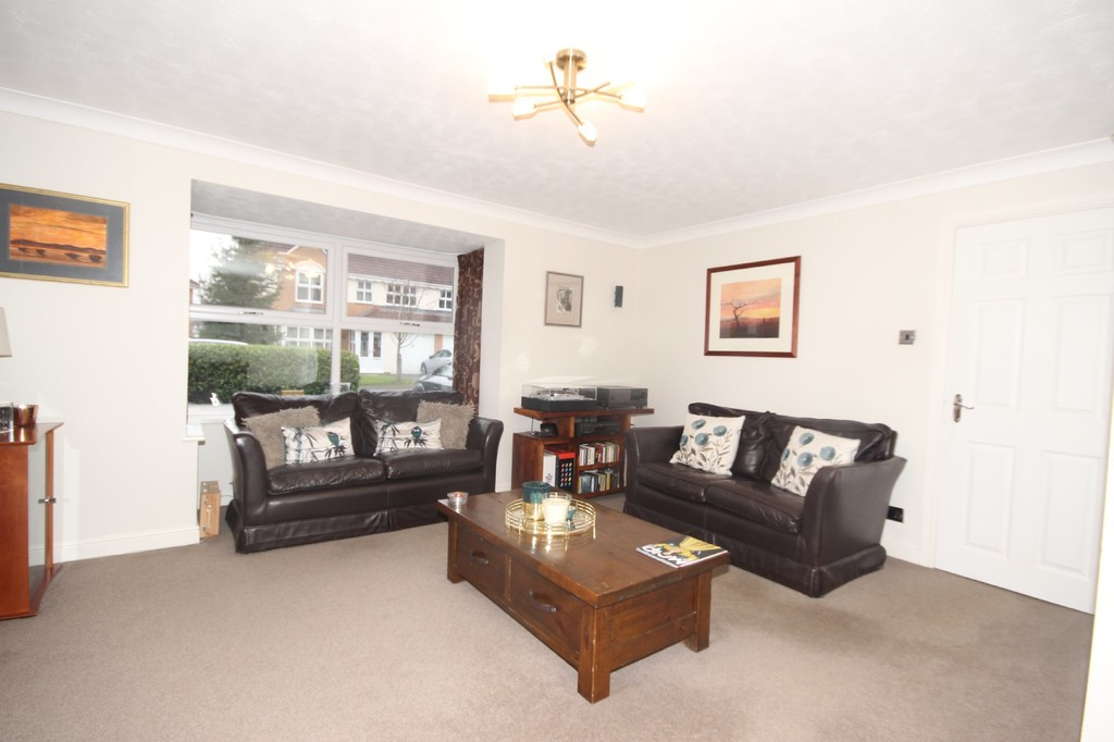 4 Bedroom Detached House For Sale Greylag Crescent Image $key